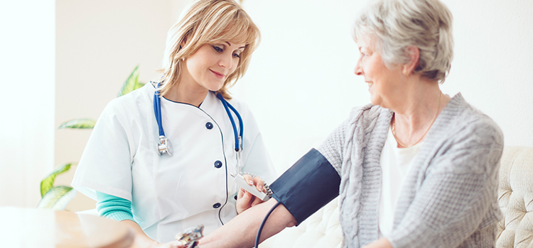 article-geriatric-nurse.jpg