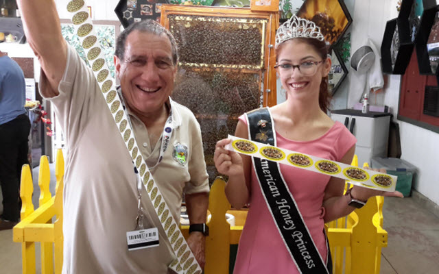2019 American Honey Princess, Nicole Medina, and Los Angeles County Beekeepers Association, President, Jon Reese.