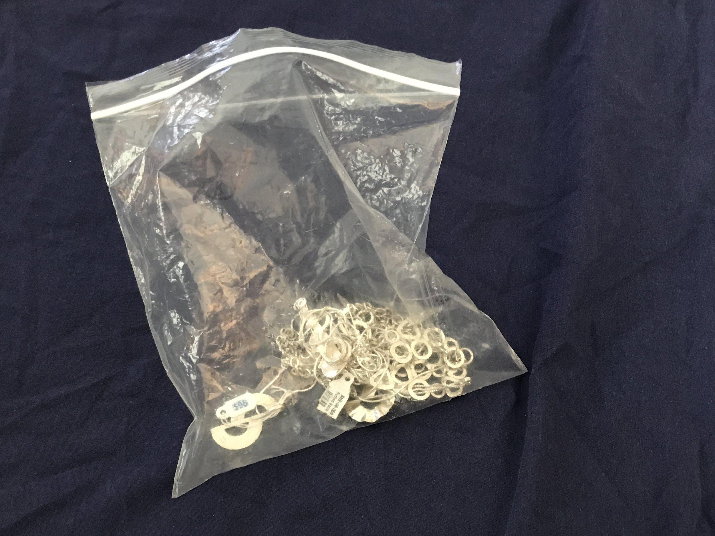 Plastic Zipper Bag for Storing Jewelry