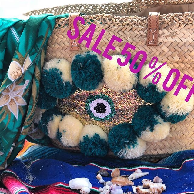 Final hours to take advantage of 50% off @talahonolulu.com. Use Code HAPPY at checkout!!! 😁💘 . . . #holiday #shopping #cybermonday #gifts #giftideas #holidayseason #giftsforher #destination #travel #bag #basket #evileye #love #instagood #fashion #fashionlover #fashionstyle #fashionista #boho #bohemian #beach #style #honolulu #waikiki #hawaii #aloha #holidaygifts #talahonolulu