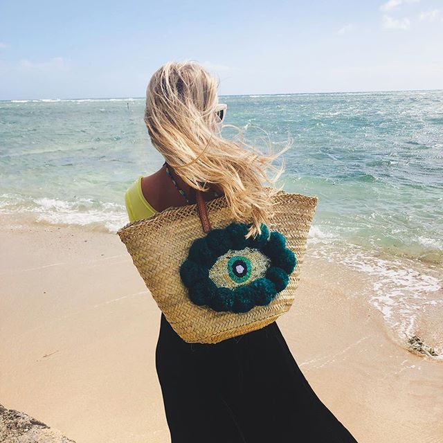 """What is essential is invisible to the eye"". 💞 Wishing you all a wonderful 2019!!! 🎊 @talahonolulu  #2019 #happynewyear #waikiki #oahu #hawaii #bohochic #bohostyle #evileye #🧿 #bag #fashion #bohemian #aloha #style #beachstyle #beachfashion #ootd #fashiondiaries #fashionblogger #travel #vacationstyle #tropical #destination #bohogirl #beachdays #islandstyle #islandlife #talahonolulu"