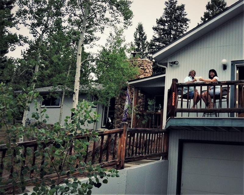 Ed and Gloria Mountain Home - The Knoll Team