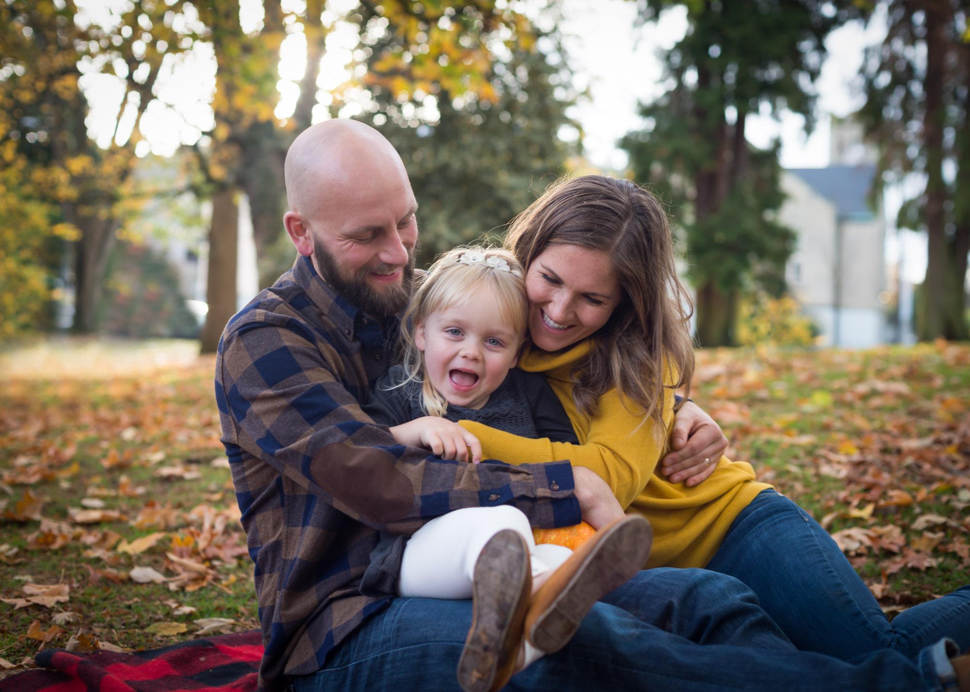 tacoma-playful-family-photography-session-1.jpg