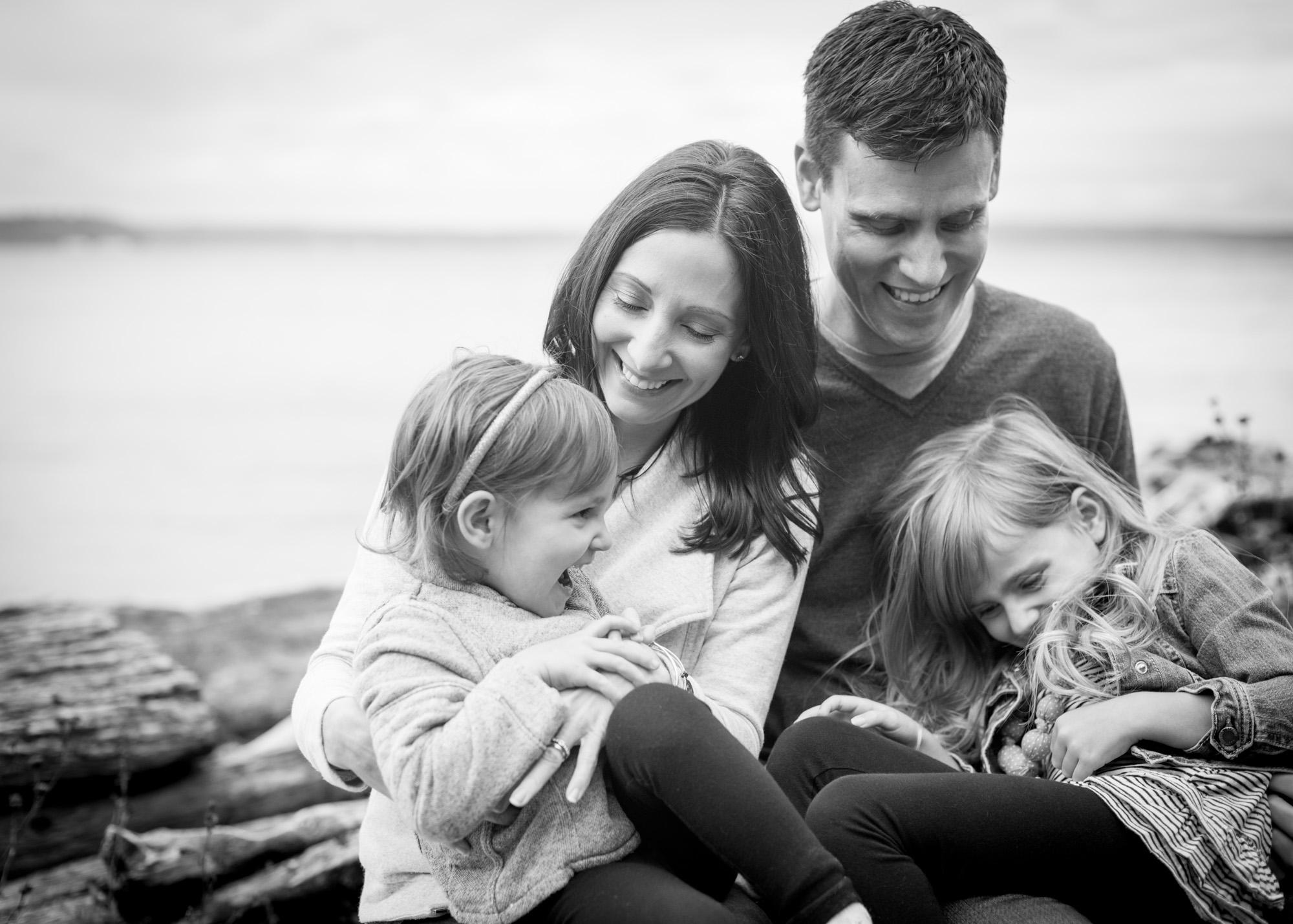 tacoma-playful-family-photography-session-8.jpg