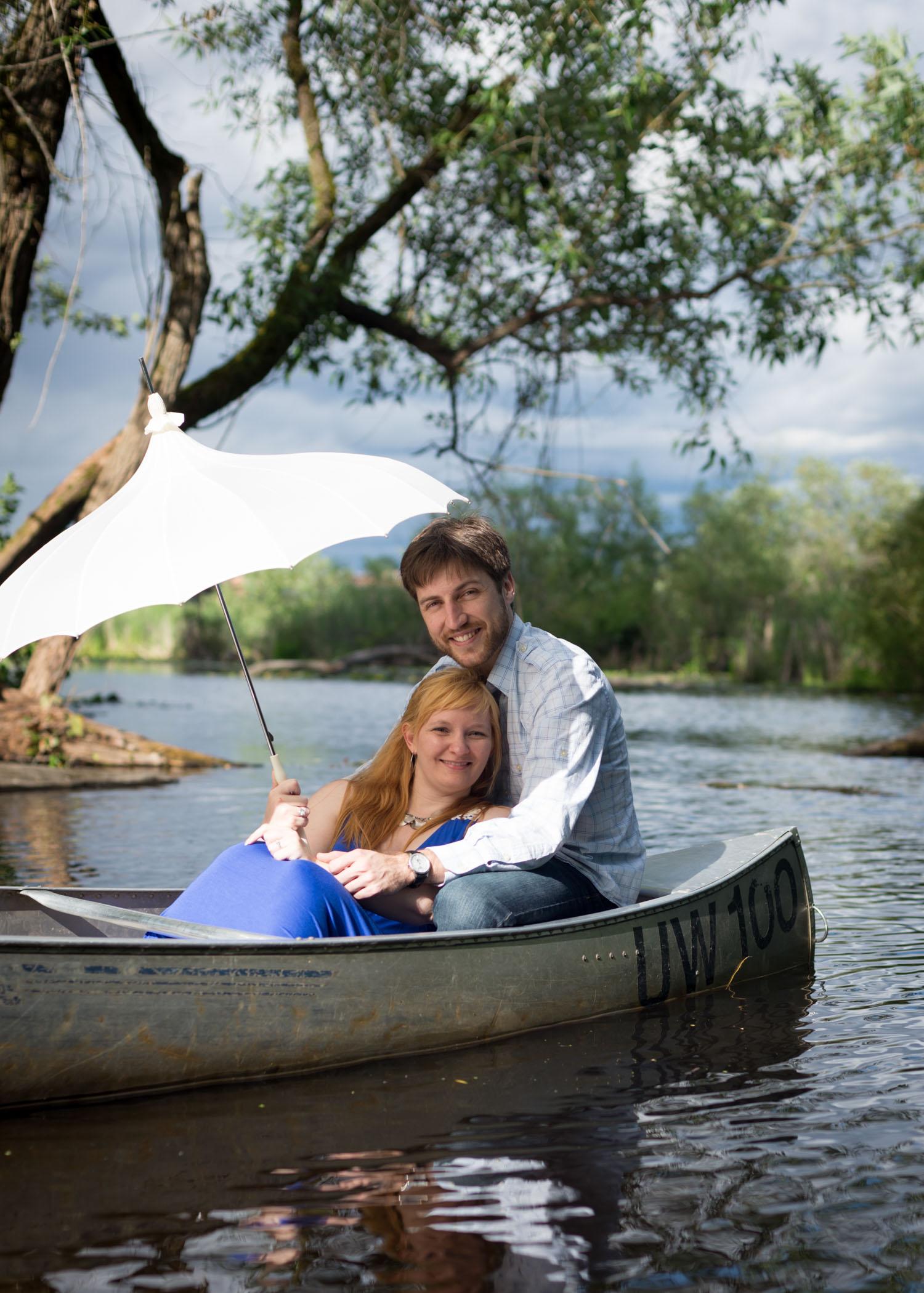 Romantic canoeing in Lake Washington