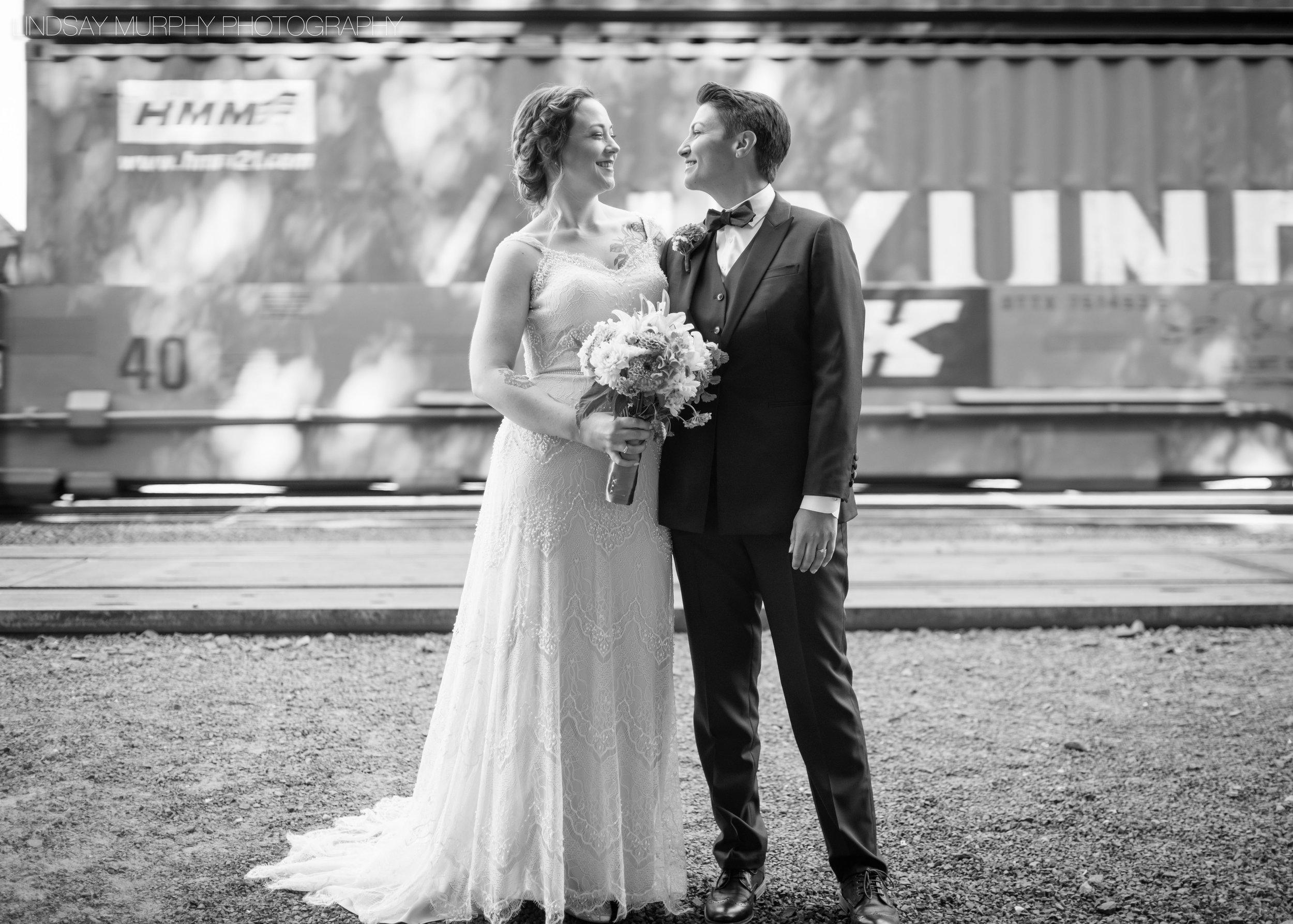 MV_Skansonia_Seattle_Wedding-22.jpg