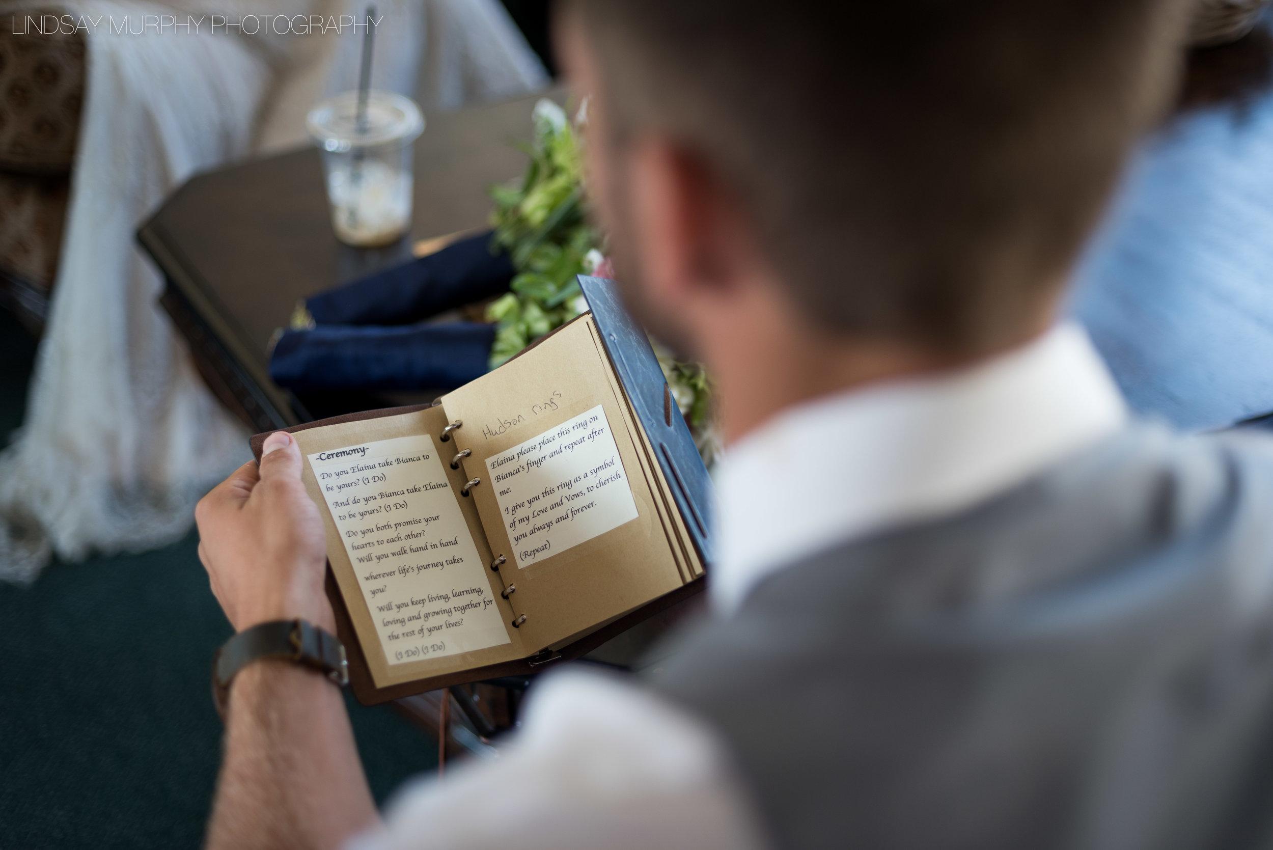 MV_Skansonia_Seattle_Wedding-34.jpg
