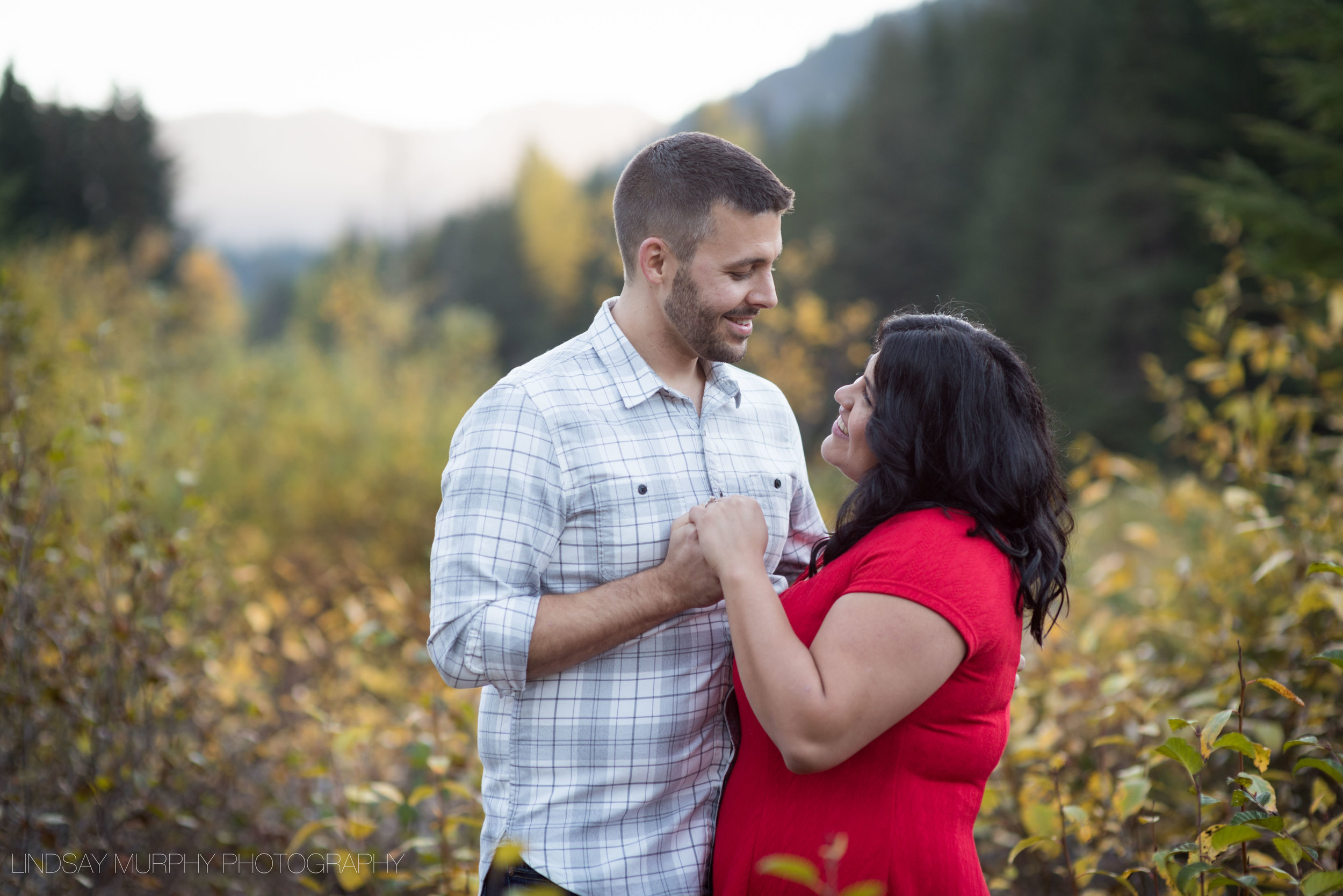 Seattle_tacoma_mountain_engagement-39.jpg