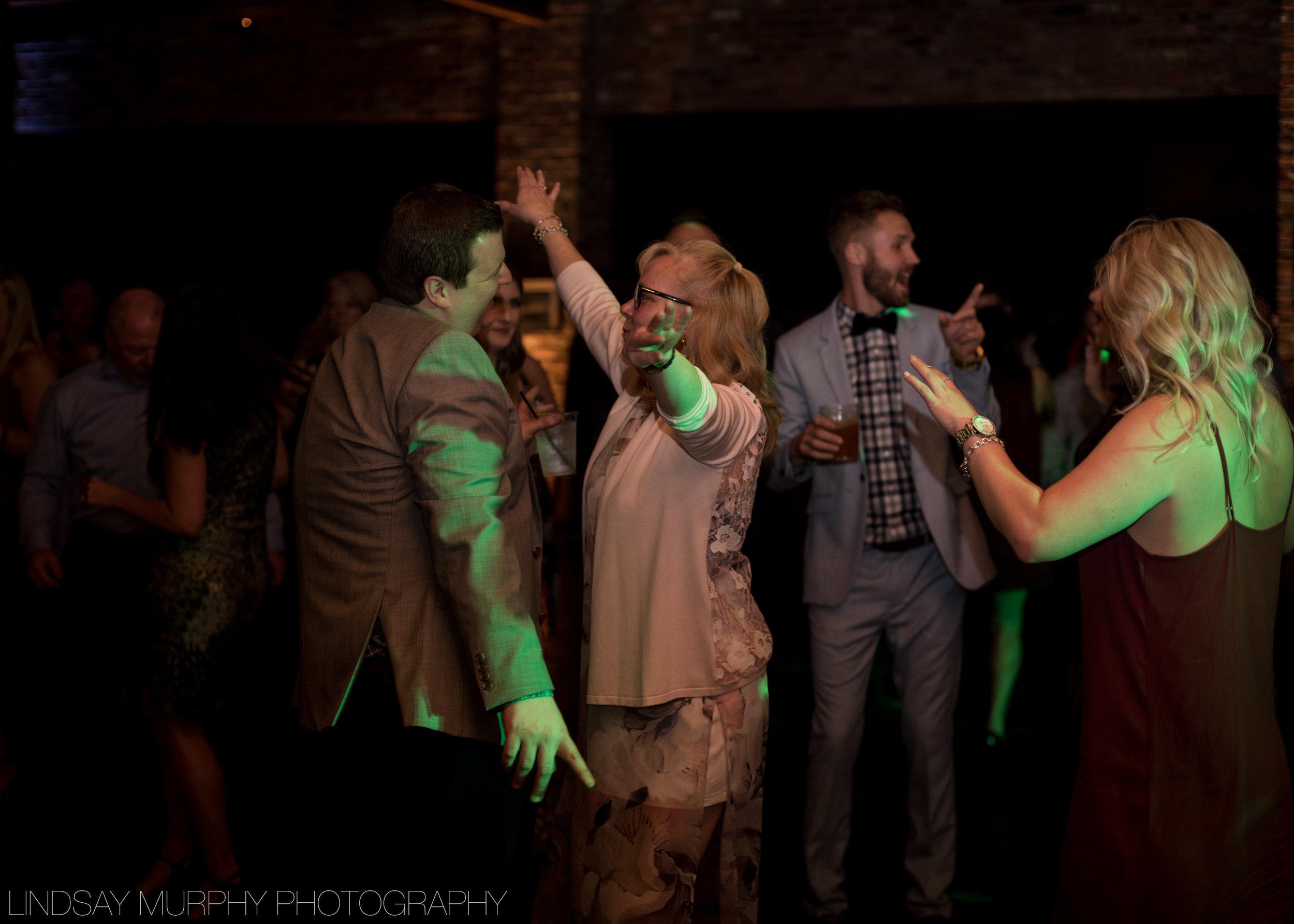 Tacoma_Wedding_photography-150.jpg