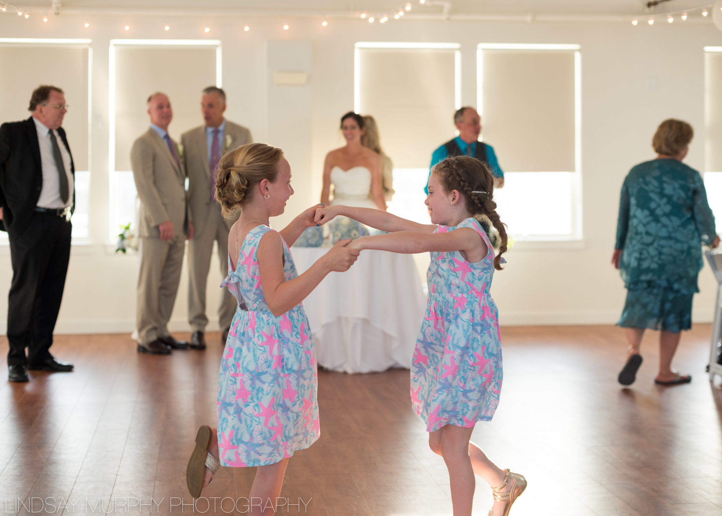 Duxbury_Wedding_Photographer-423.jpg