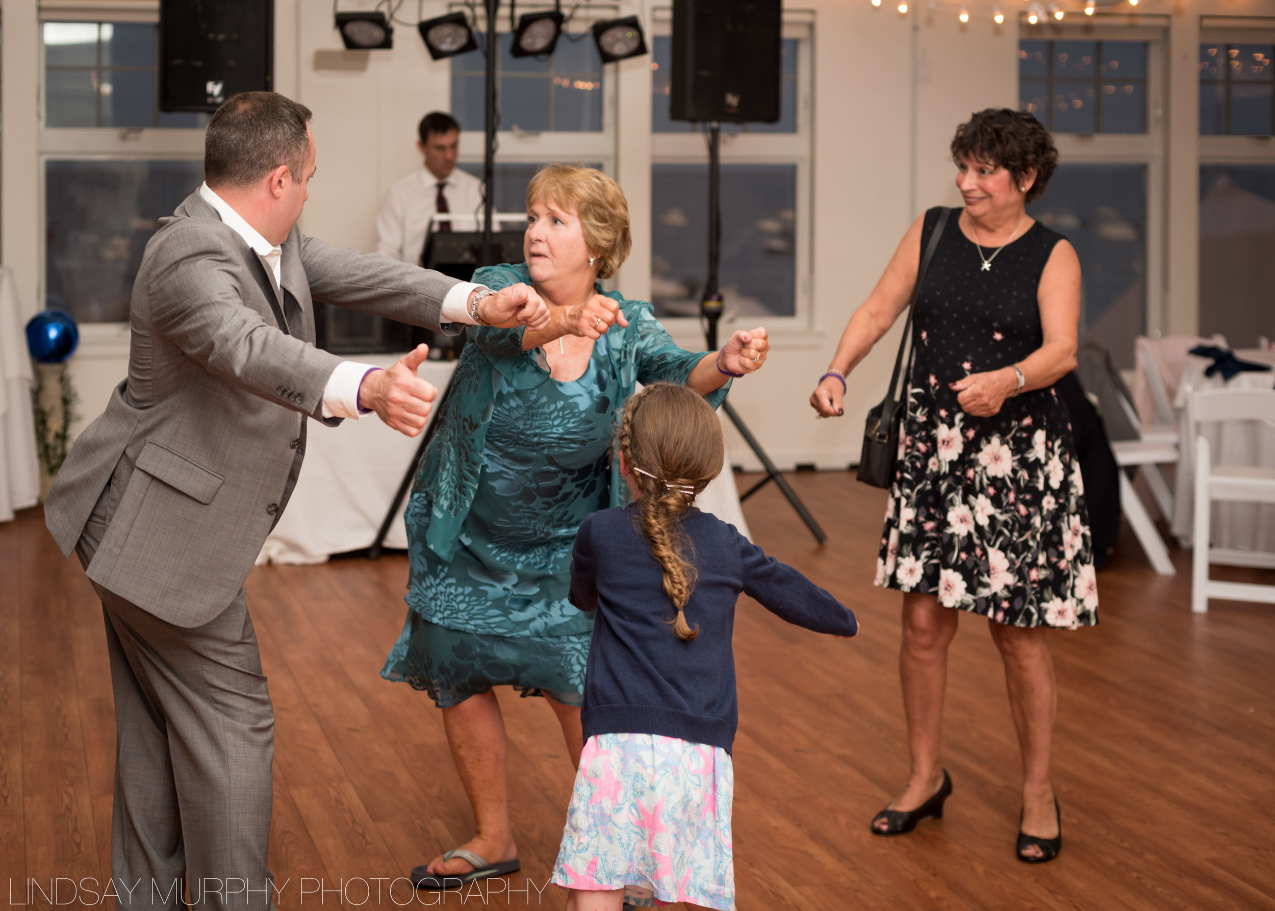 Duxbury_Wedding_Photographer-439.jpg
