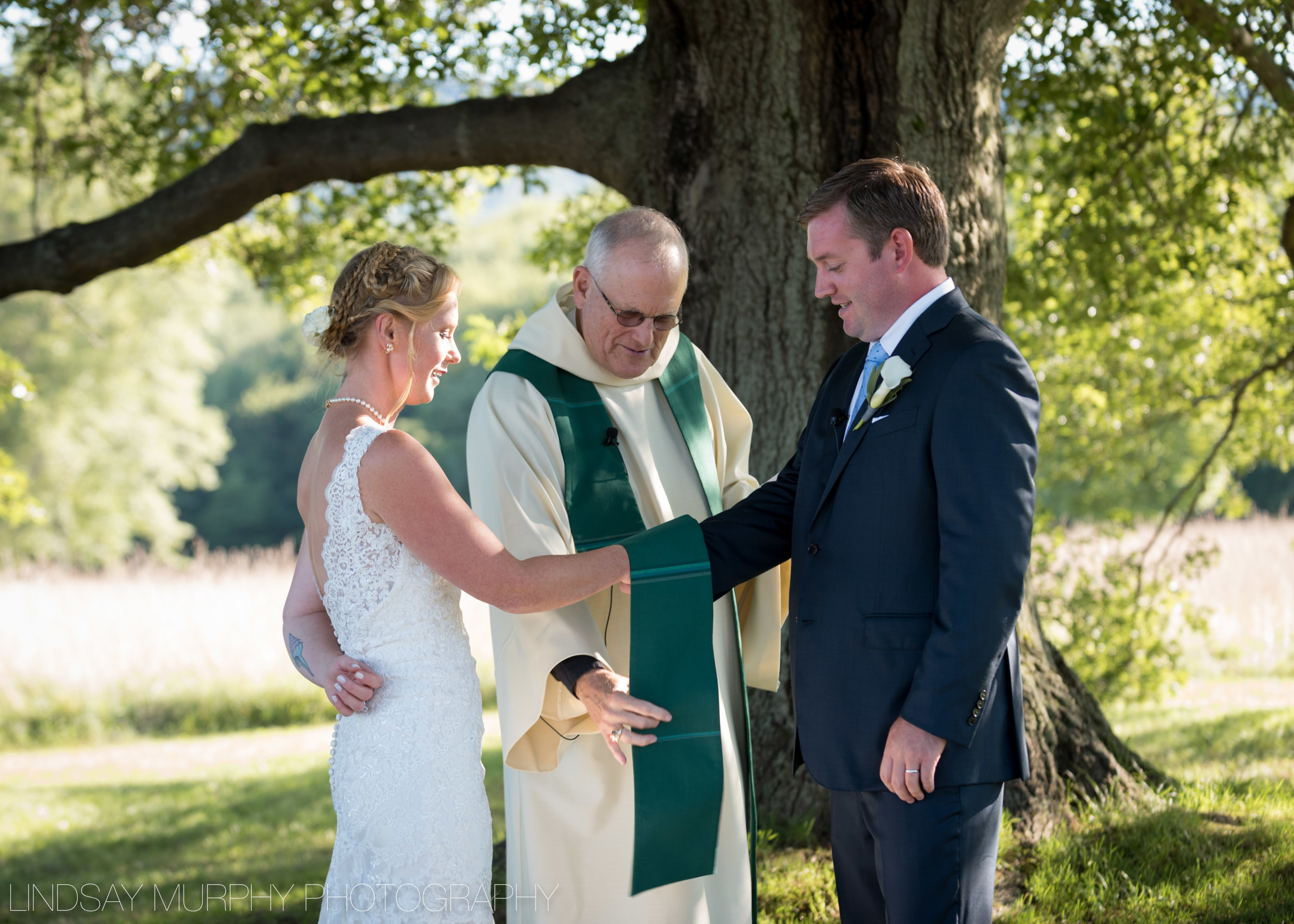 red_barn_hampshire_college_wedding-112.jpg