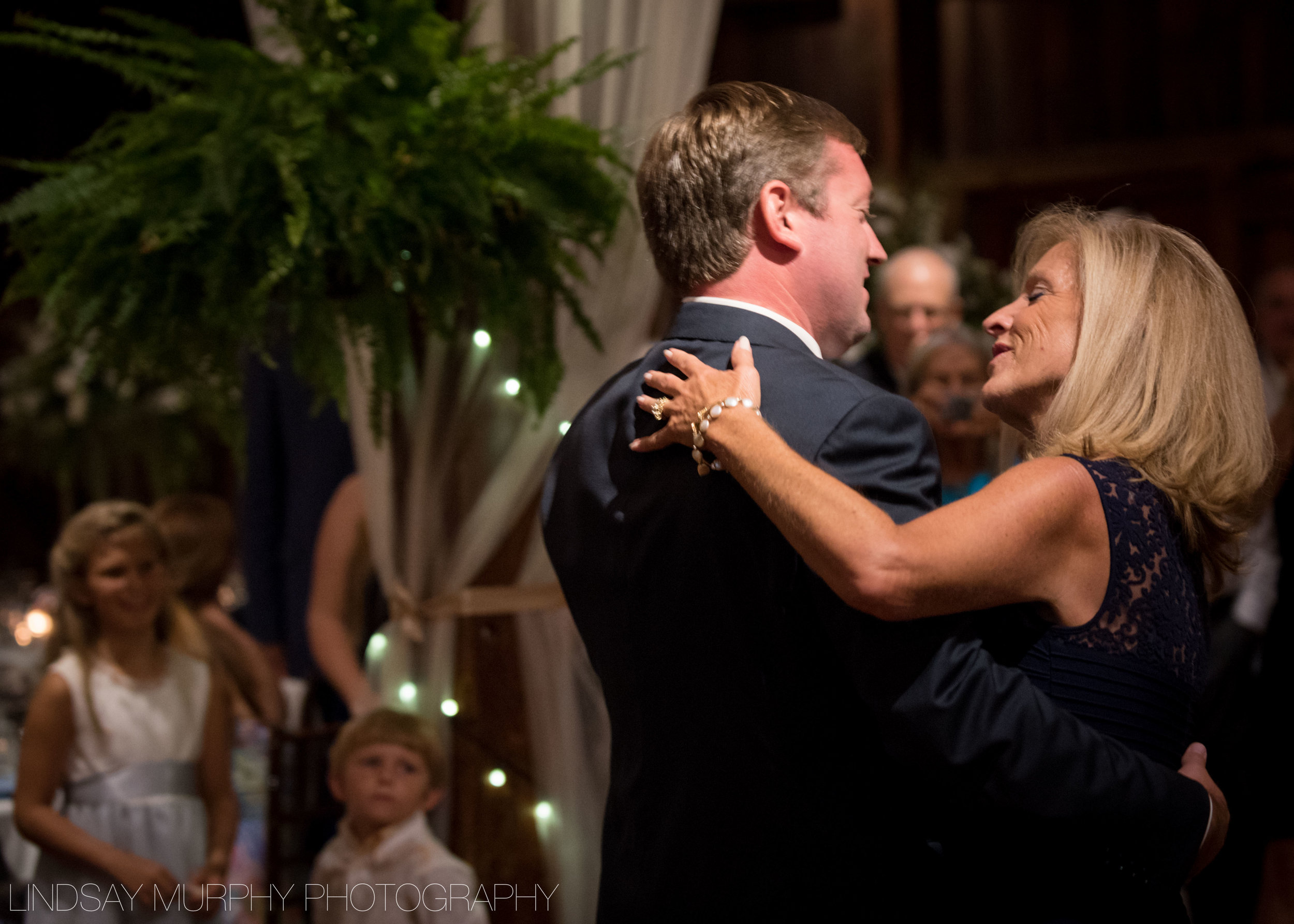 red_barn_hampshire_college_wedding-279.jpg