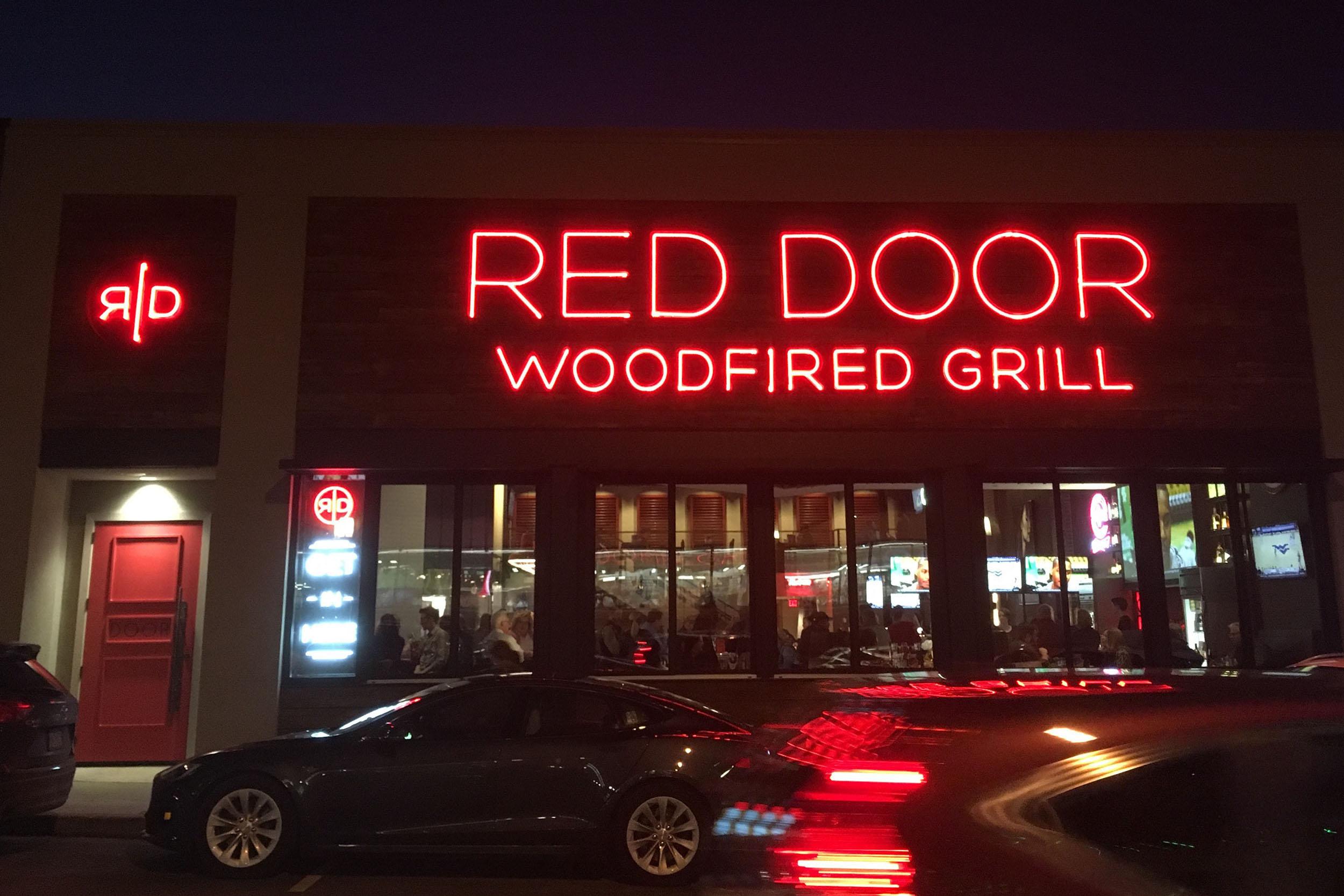 Red Door Grill 03a.jpg