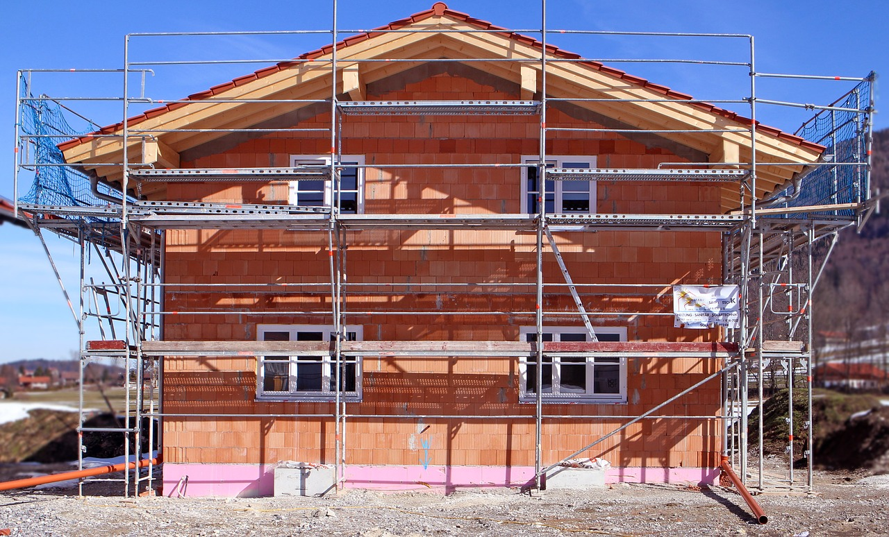 construction-work-670278_1280.jpg