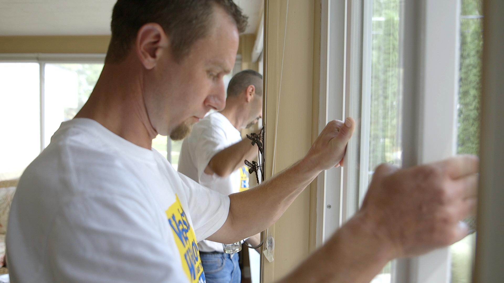 wallside-windows-installation-team.jpg
