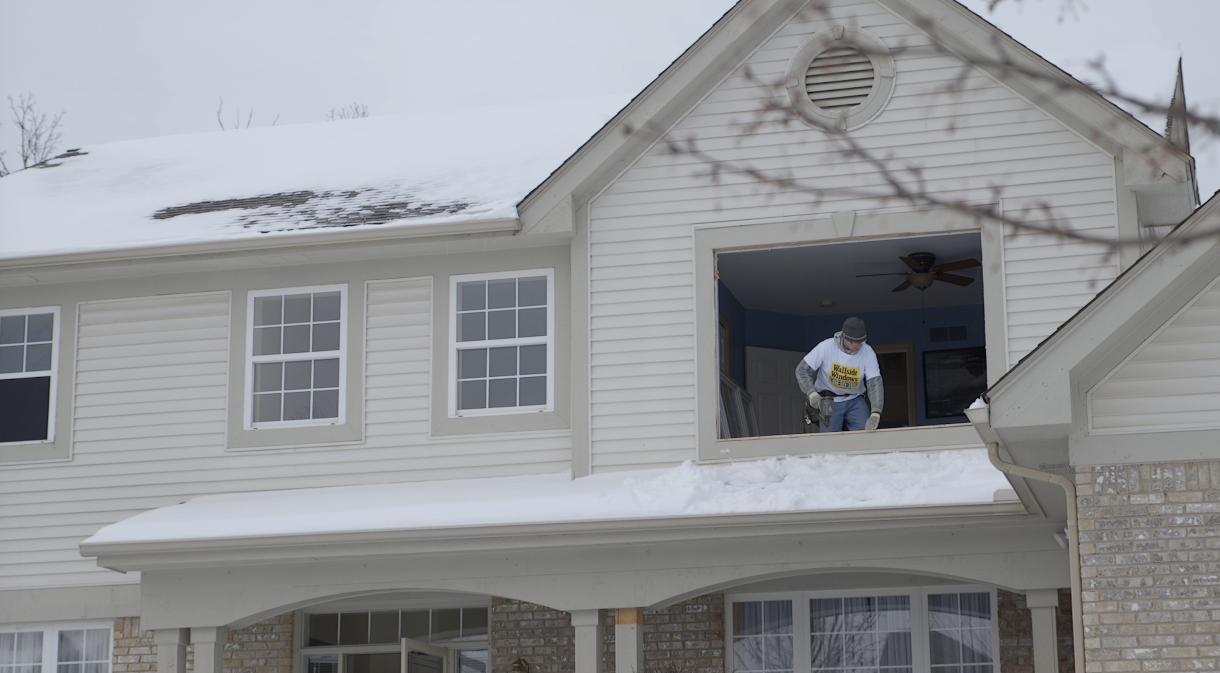 Find out how to stay warm all winter, by replacing your windows.