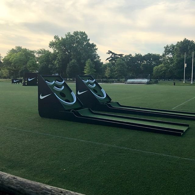 we love days when work = play 🌞 tnx @gamesevenmktg and #NIKE for all the fun #goplayday #ballin ⚽️ soccer skee ball + obstacles by @hookfabrication