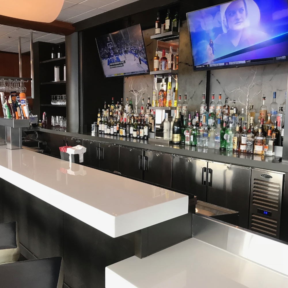 Zephyr Bar at Hyatt Cambridge - Cambridge, MA