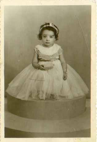Cynthia in Baghdad at five years old