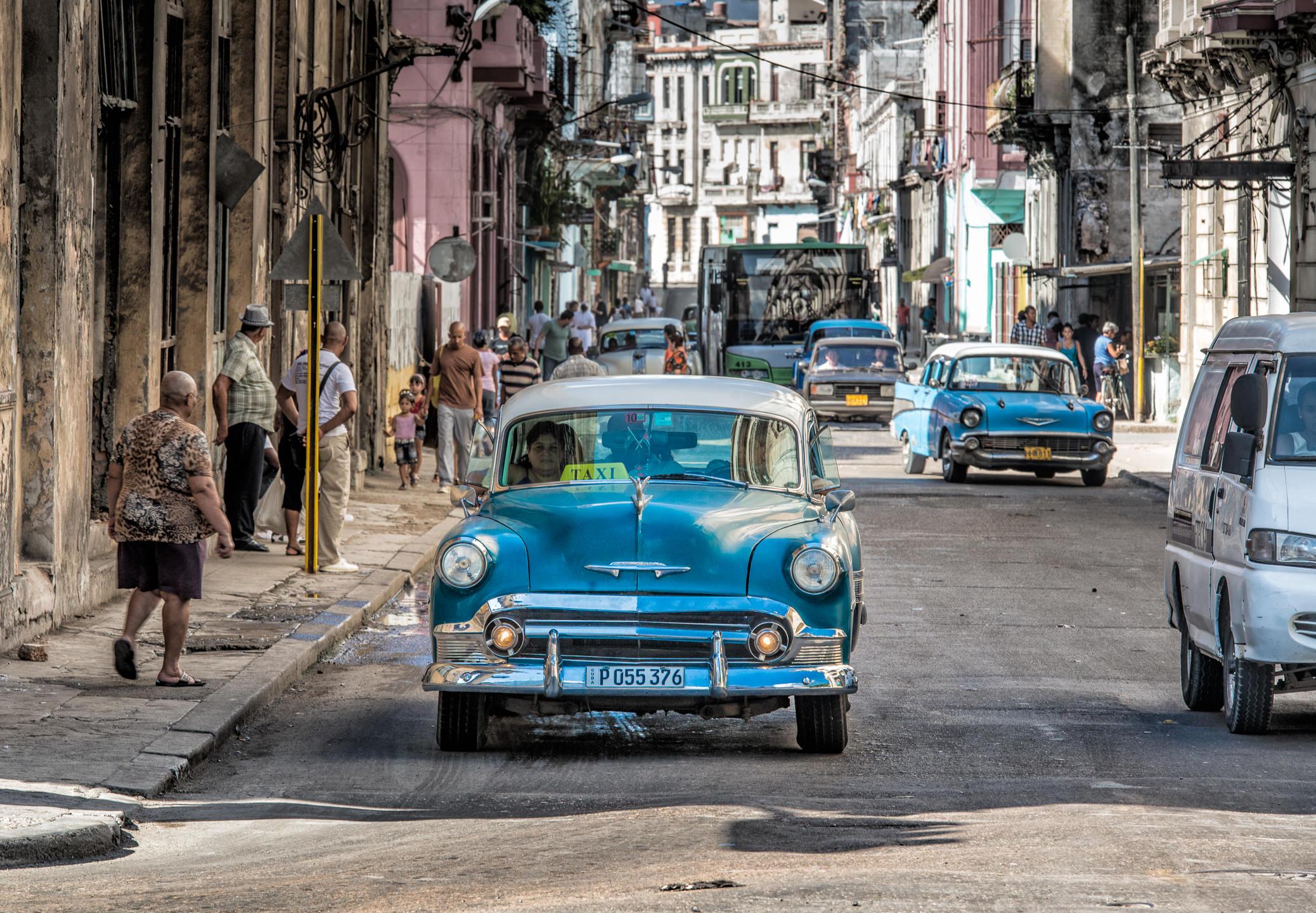 Havana Streets, Taxi anyone?