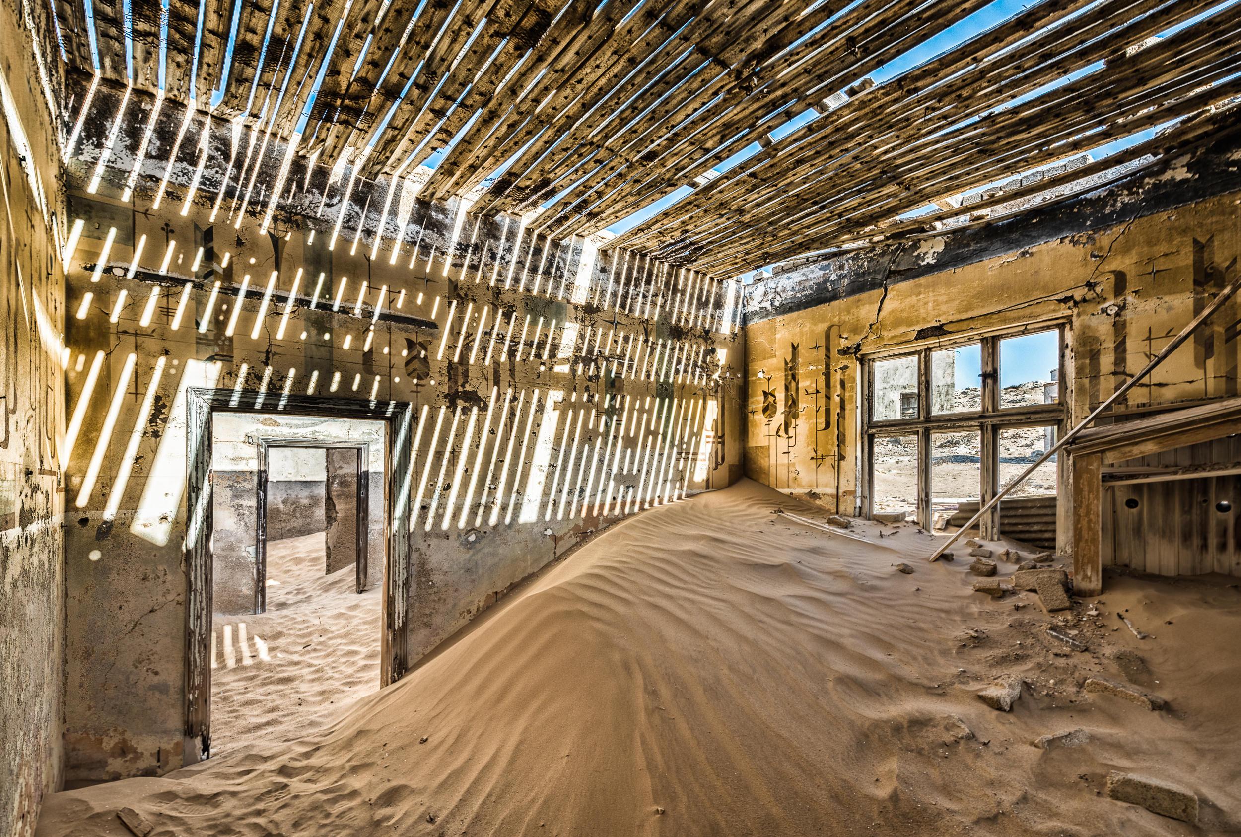 [2016 06 10] Namibia Kolmanskop (NIKON D800) 7183-HDR-Edit.jpg