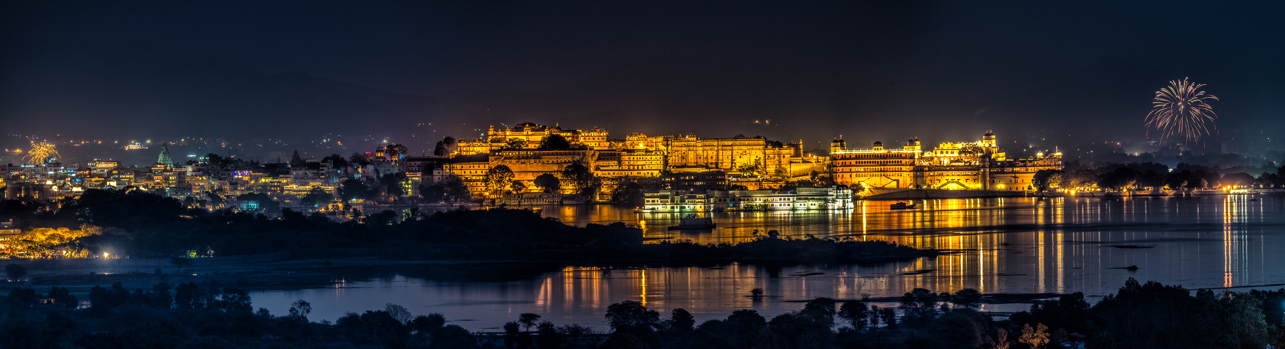[2015 01 29] India 2015 Udaipur (NIKON D800) 6031 3 pano B-Edit.jpg