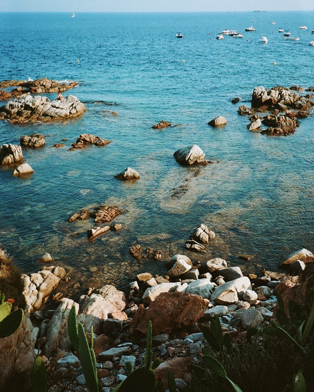 Walking from Llafranc to Calella de Palafrugell in Costa Brava!