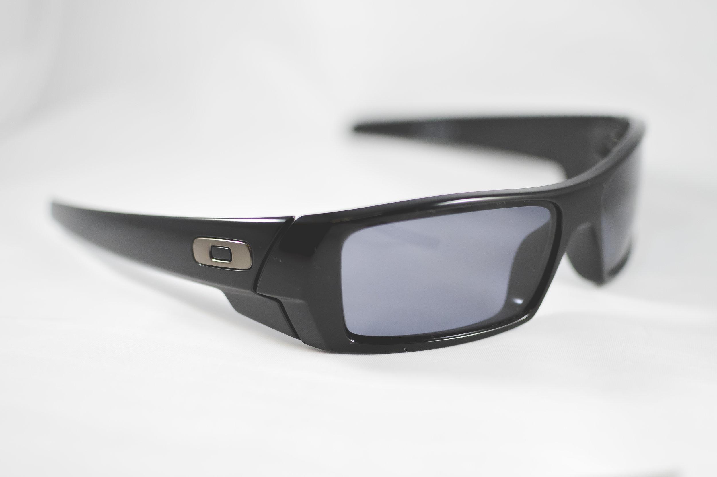Oakley5Sqr.jpg