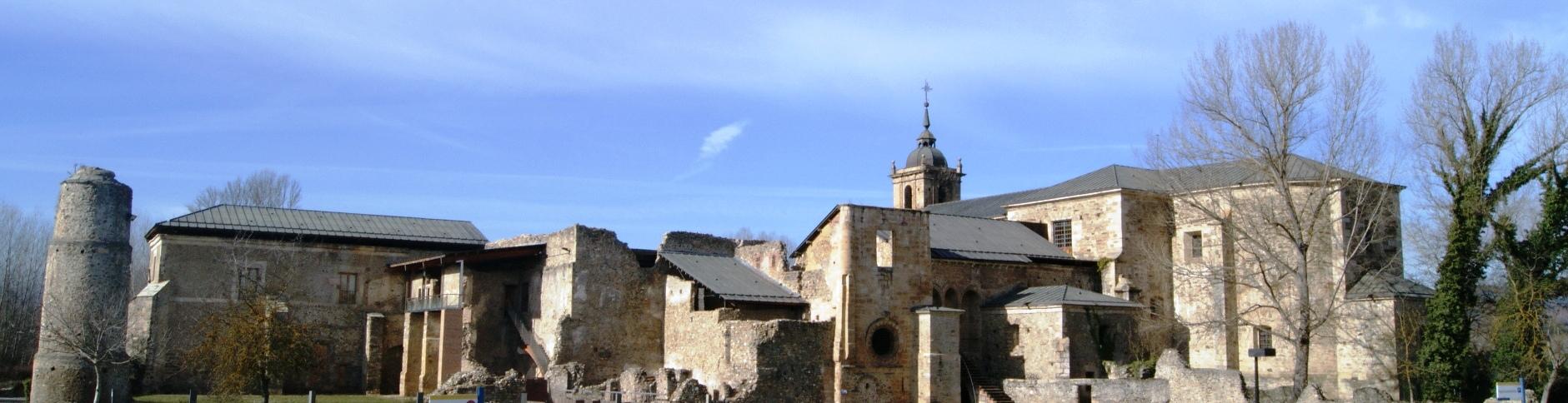 Carracedelo - Monasterio.JPG