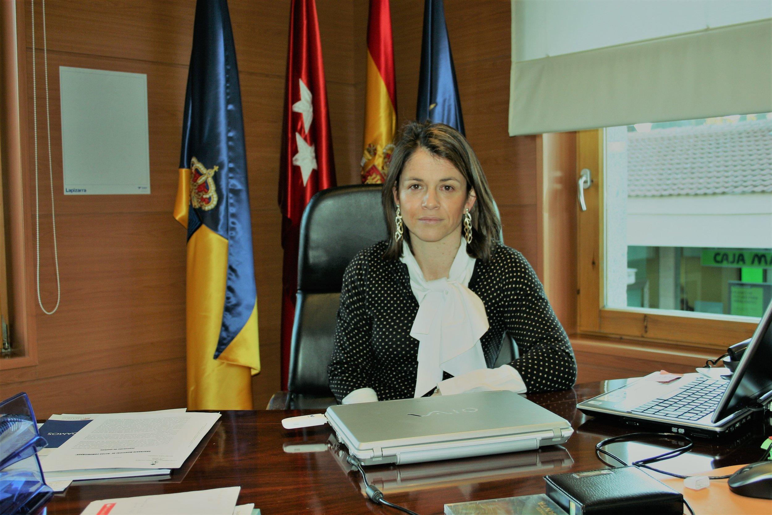 Torredolones- Alcaldesa - Elena Biurrun.jpg