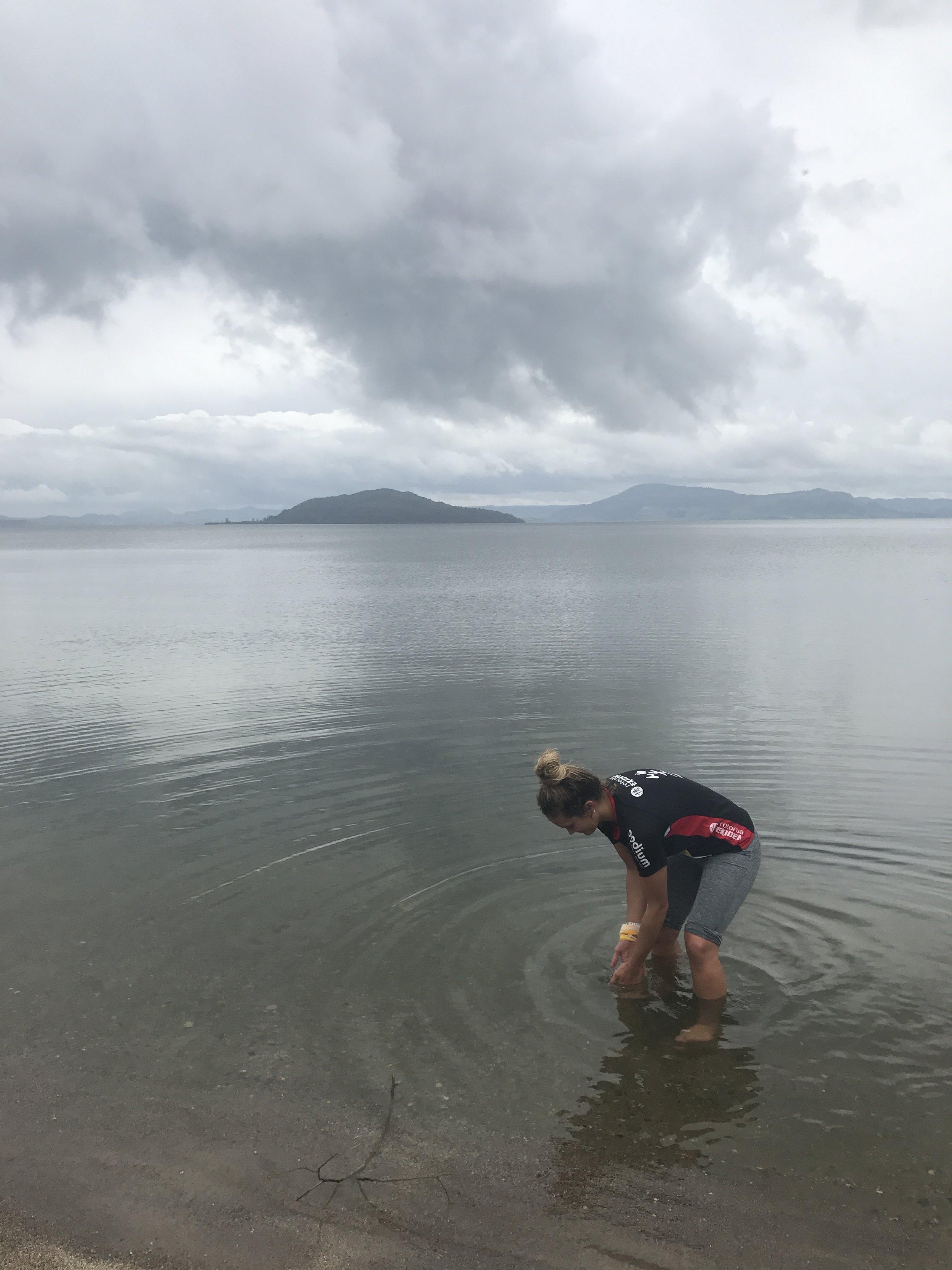 Post-Ekiden recovery in Te Rotorua-nui-a-Kahumatamomoe with Te Motu Tapu a Tinirau (Mokoia) in the background. iPhone, Hamurana/Mourea,2017.