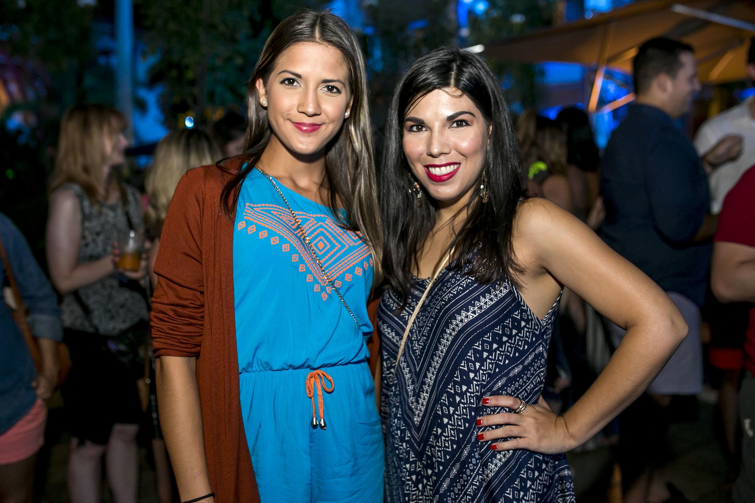 Fabiola Pérez y Elaine Hernández.JPG