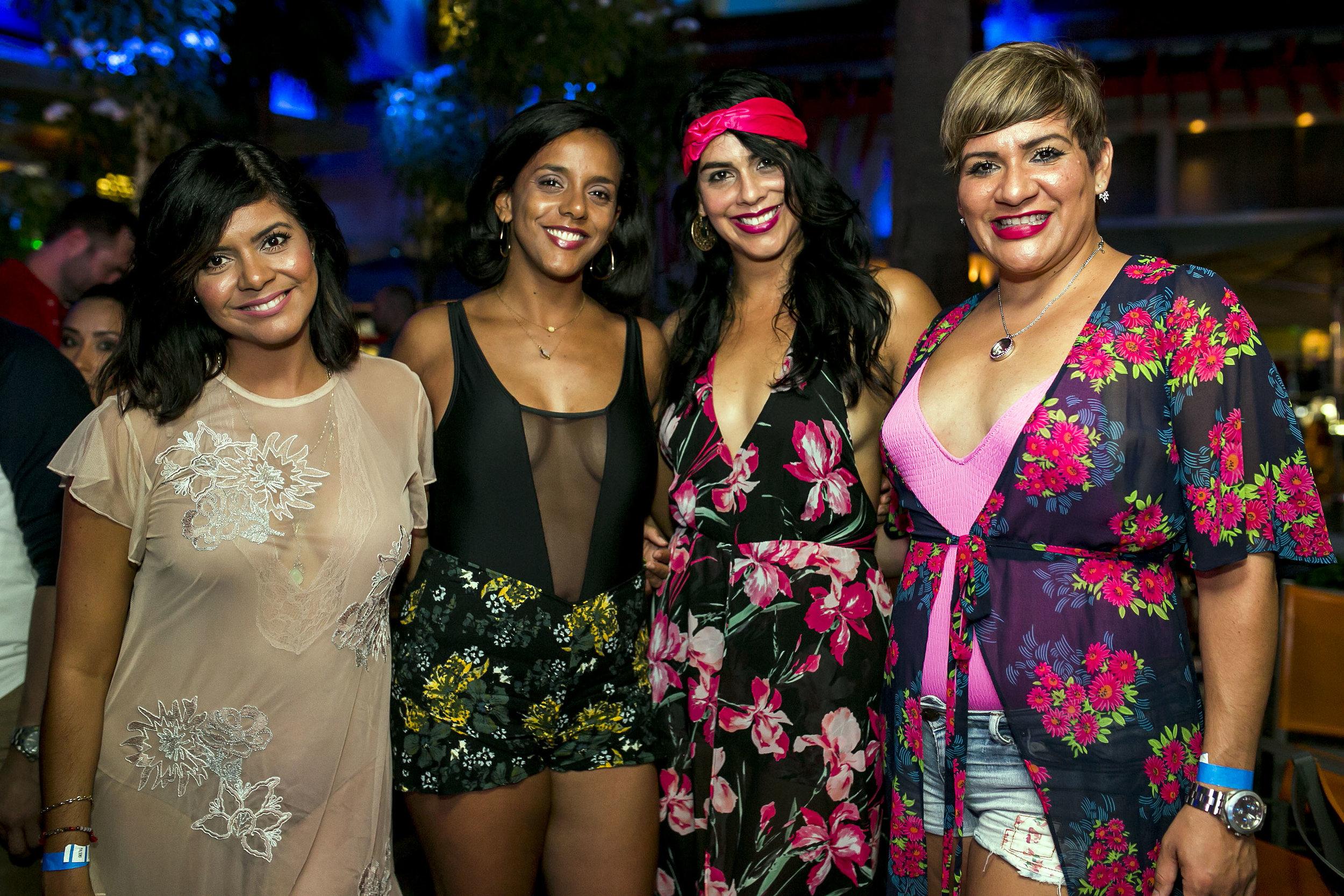 Frances Ruiz, Lucía Maisonet, Lydia Reyes y Aleysa Ruiz.JPG
