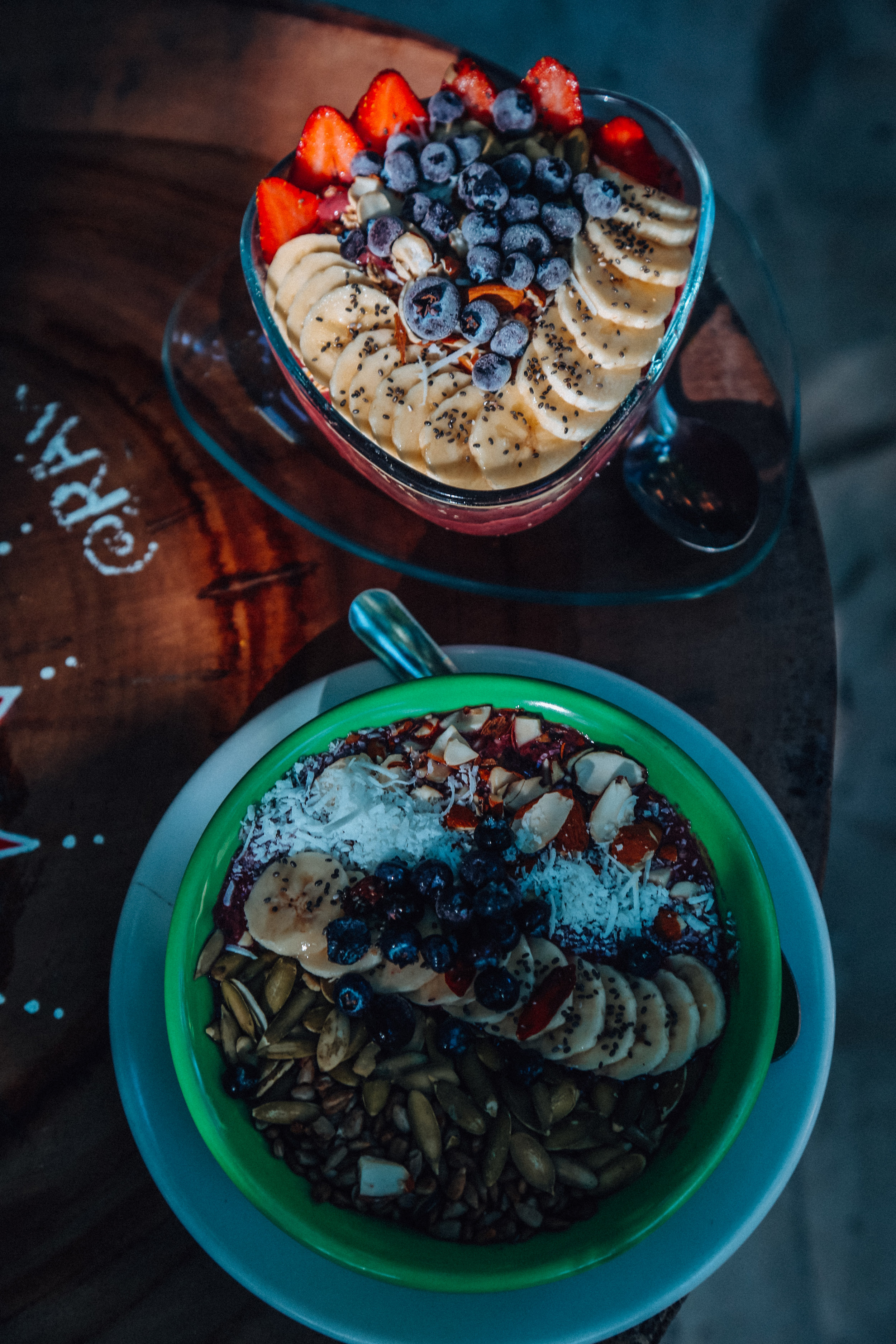 Raw Love Smoothie Bowls
