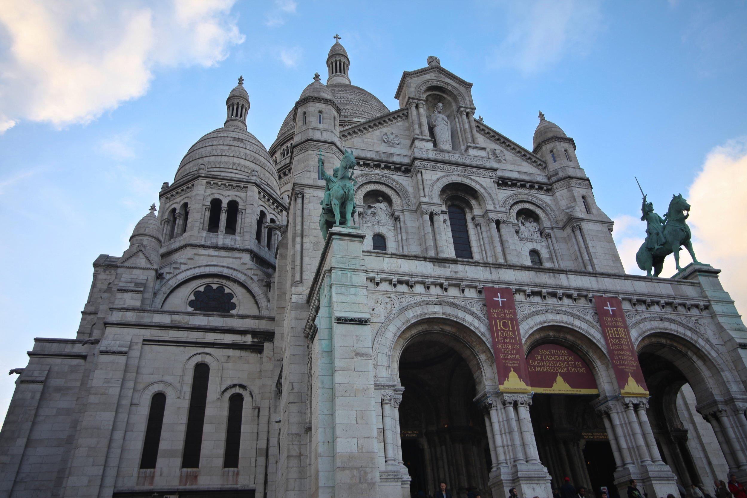 Sacre Coeur Montmartre   Paris, France
