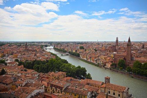 Verona+6.jpg