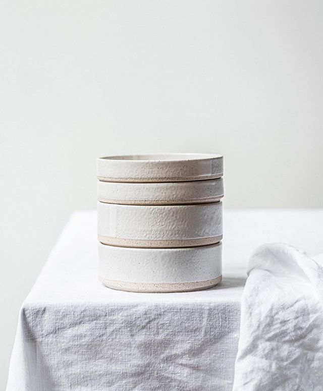 Serve up in style with our new range of Alex Ceramics 🍽