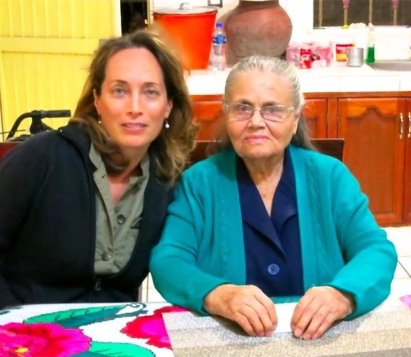 With El Chapo's mother,  Doña Consuelo  Loera de Guzmán .