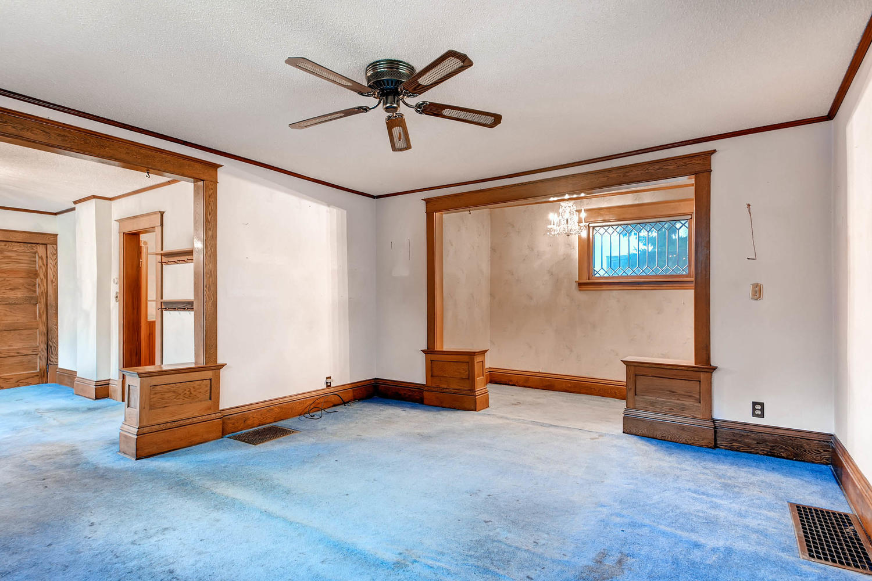 630 5th St NE Minneapolis MN-large-006-5-Living Room-1500x1000-72dpi.jpg