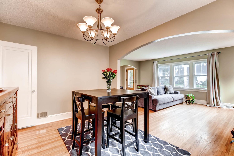 3138 Lincoln St NE Minneapolis-large-009-7-Dining Room-1500x1000-72dpi.jpg
