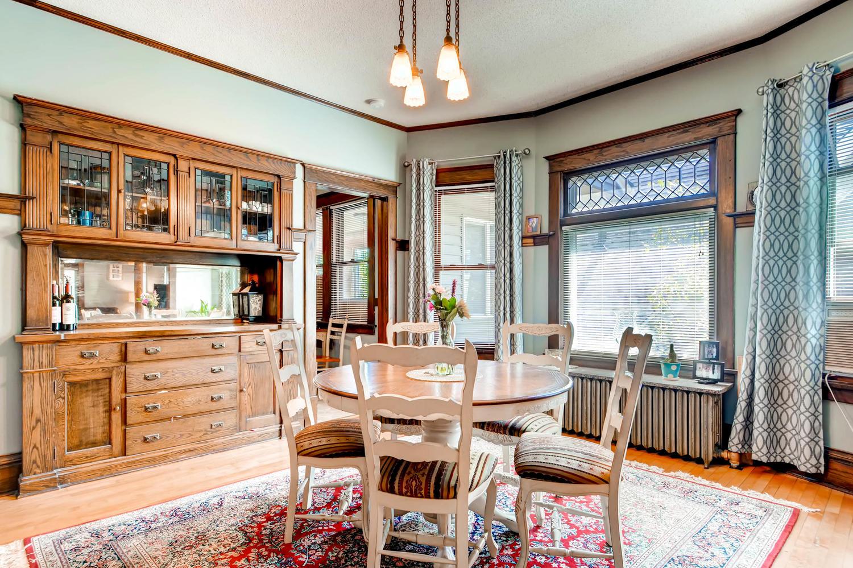 1121 Washington St NE-large-016-13-2nd Floor Dining Room-1500x1000-72dpi.jpg