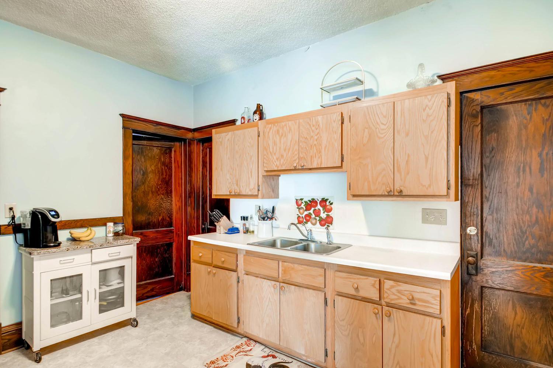 1121 Washington St NE-large-022-18-2nd Floor Kitchen-1500x1000-72dpi.jpg