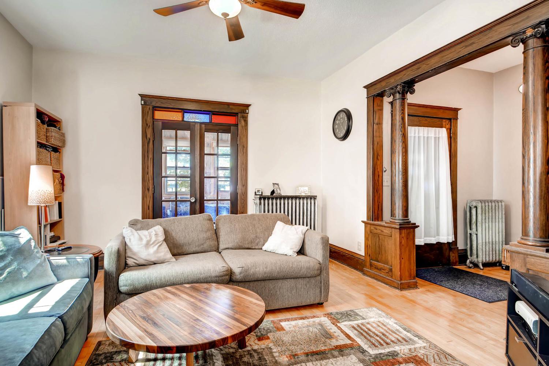 1121 Washington St NE-large-004-1-Living Room-1500x1000-72dpi.jpg