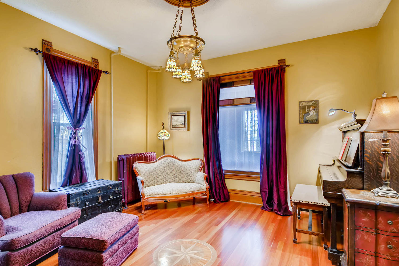 2327 Polk St NE Minneapolis MN-large-006-5-Living Room-1499x1000-72dpi.jpg