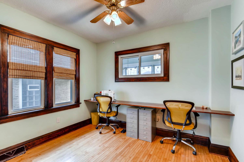 2622 Cleveland St NE-large-017-28-Bedroom-1500x1000-72dpi.jpg
