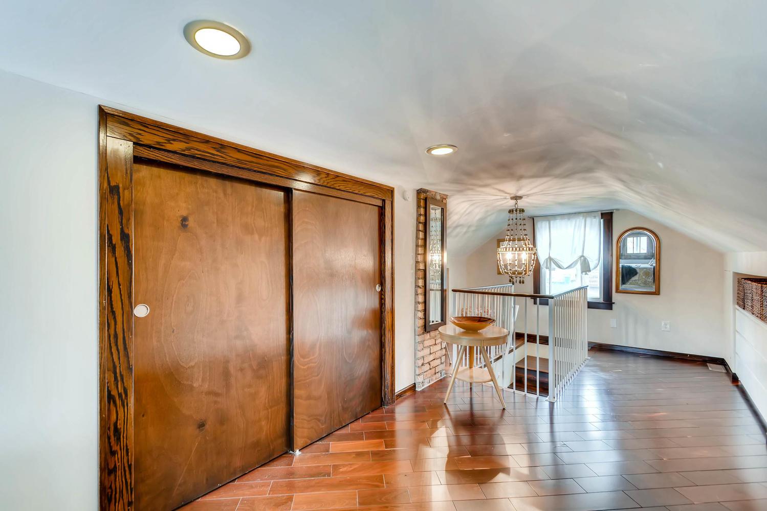 2622 Cleveland St NE-large-022-8-2nd Floor Bedroom-1500x1000-72dpi.jpg