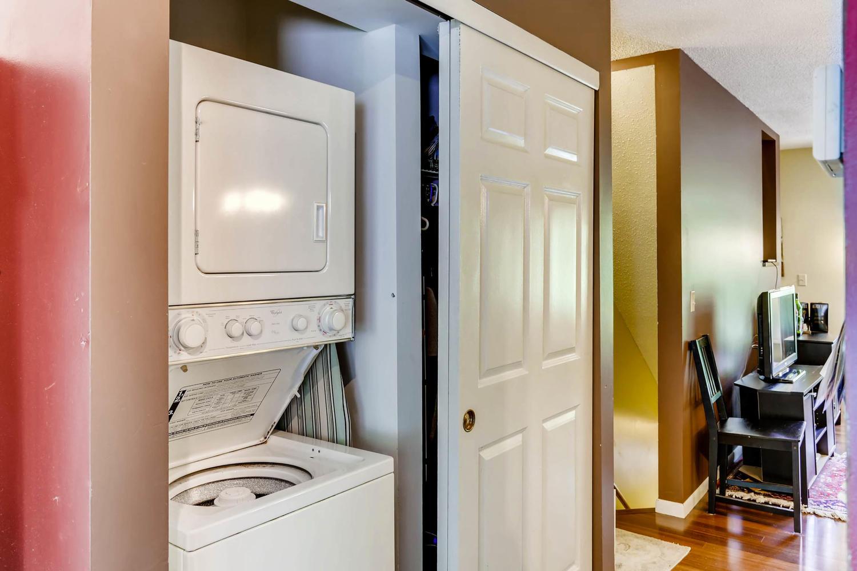 205 University Ave NE-large-021-17-Laundry Room-1500x1000-72dpi.jpg