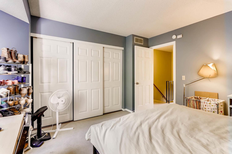 205 University Ave NE-large-016-9-2nd Floor Master Bedroom-1500x1000-72dpi.jpg