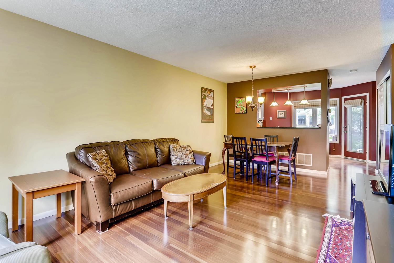 205 University Ave NE-large-008-12-Living Room-1500x1000-72dpi.jpg
